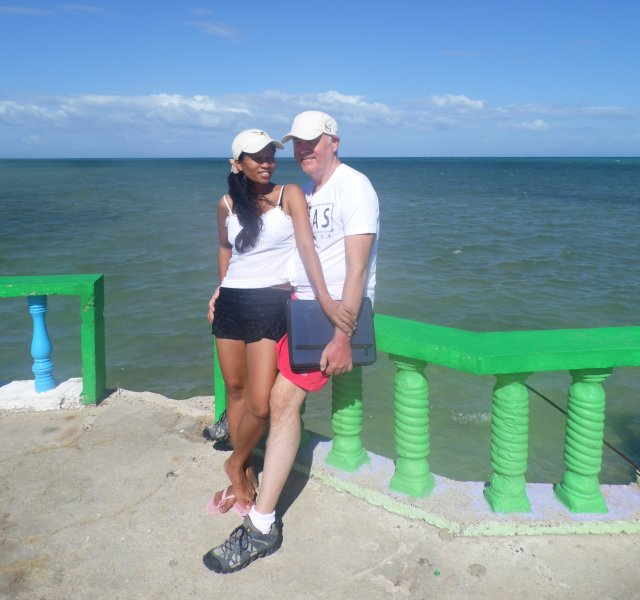 Medellin, Cebu: Vacation, Juvy and Rod at Medellin Hideaway
